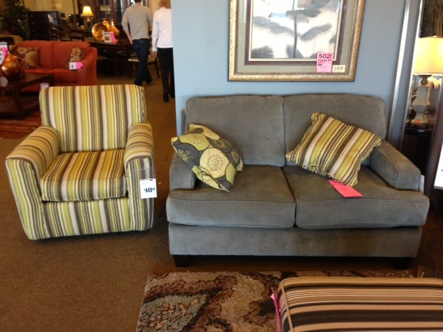 Mix And Match Furniture With Coordinating Accessories Like Throw Pillows Part 57