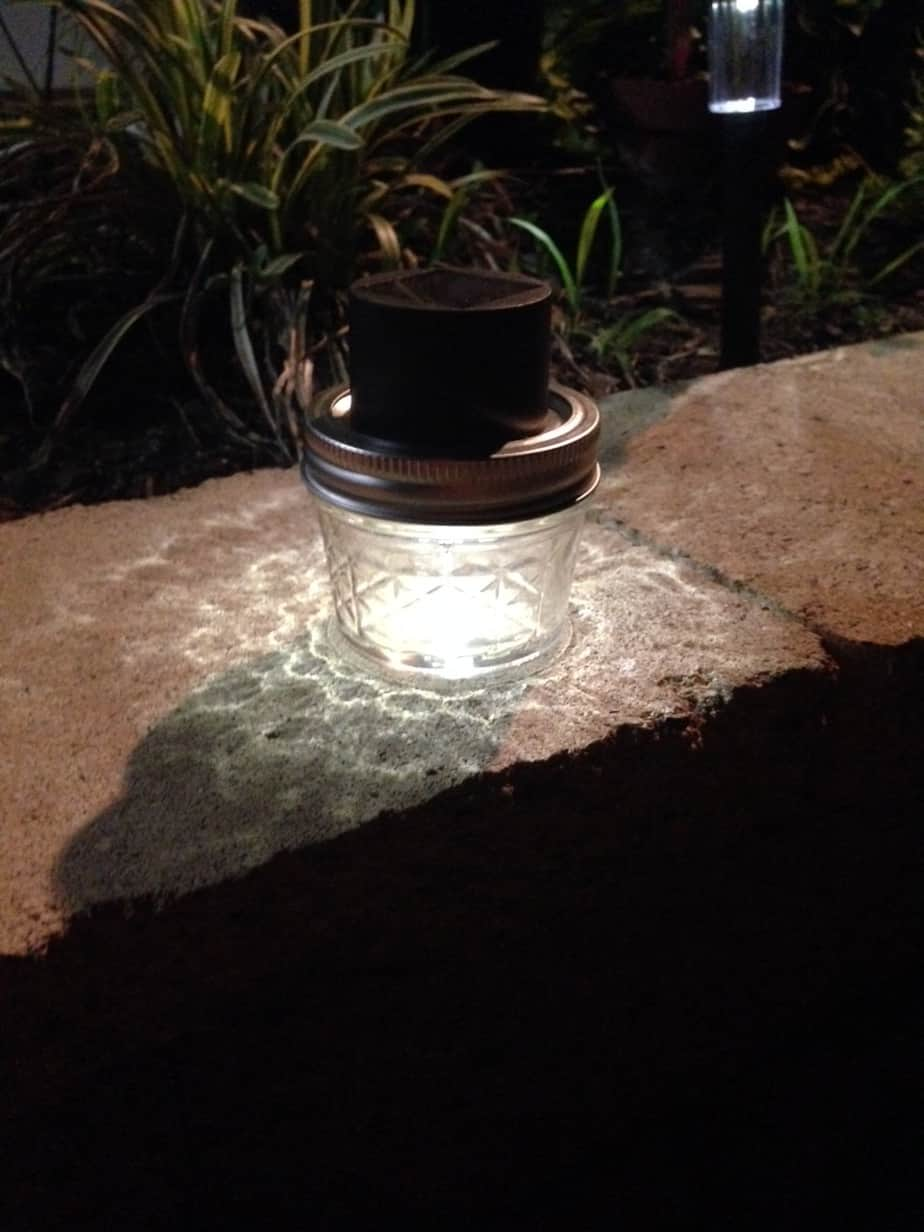 solar mason jar light