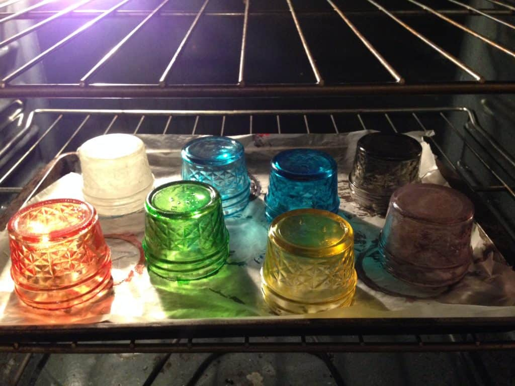 Paint Mason Jars with Glass Paint - Bake in Oven at 325 degrees