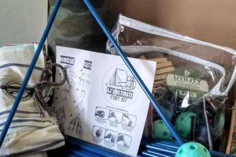 DIY Build a Fort Kit (+Printables to make it amazing)