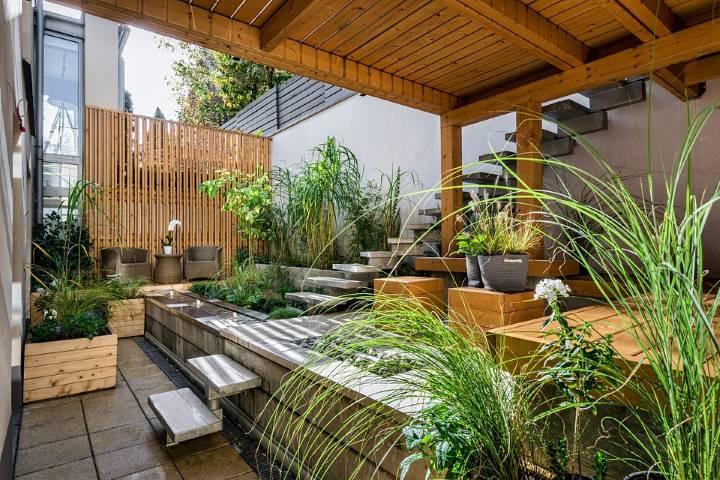 City/Courtyard garden style