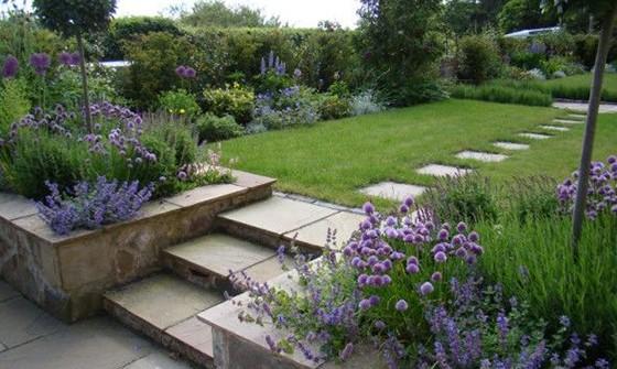 Modern Cottage Garden Style