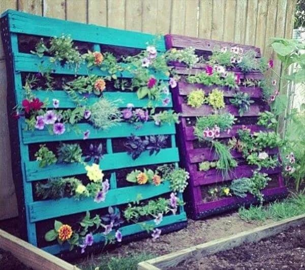 Painted pallet planters